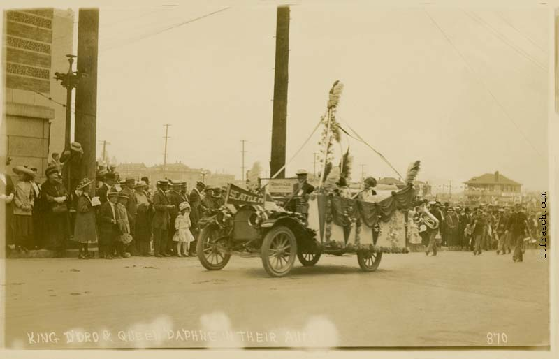 O. T. Frasch Image 870 - King D'Oro & Queen Daphne in Their Auto